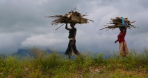 uganda-women-898757_1280
