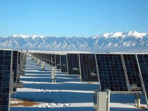 solar-panel-array-colorado-1591359_640-pixabay