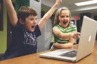 children-593313_640-pixabay-StartupStockPhotos