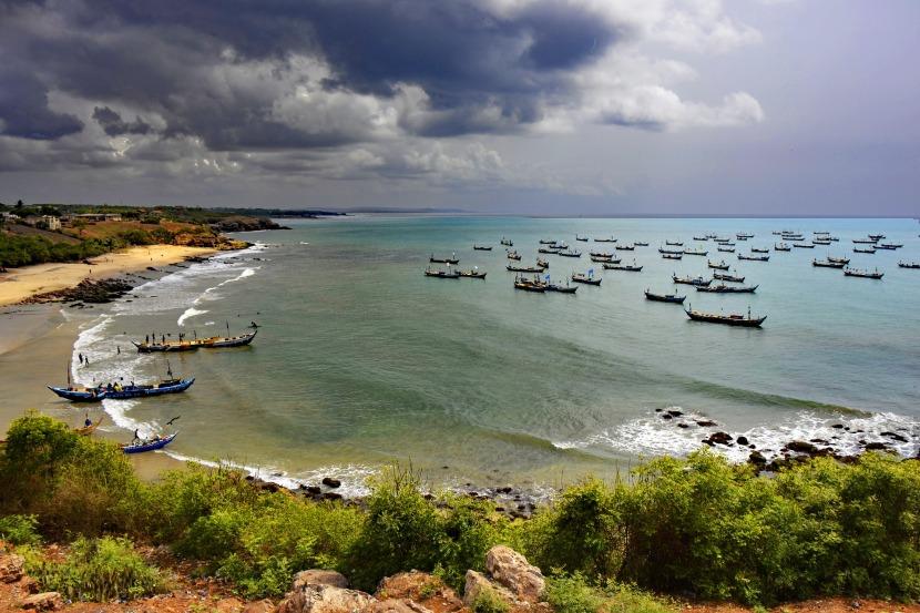 africa-ghana-senya-beraku-fishing-1928946_1920-pixabay-lapping